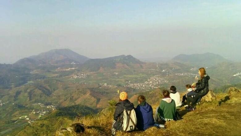 Lanskap dari Gunung Prau, Dieng, Wonosobo (Opik/Istimewa)