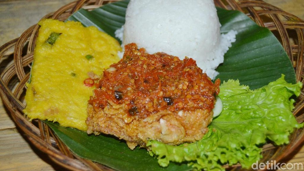 Nona Judes: Tersambar Sambal Gledek Plus Fried Chicken Ala Prilly Latuconsina