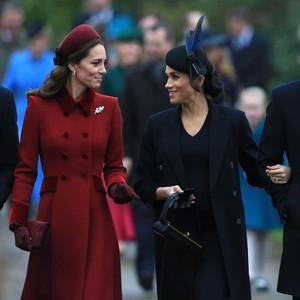 5 Pilihan Tas untuk Bergaya Elegan Ala Kate Middleton dan Meghan Markle