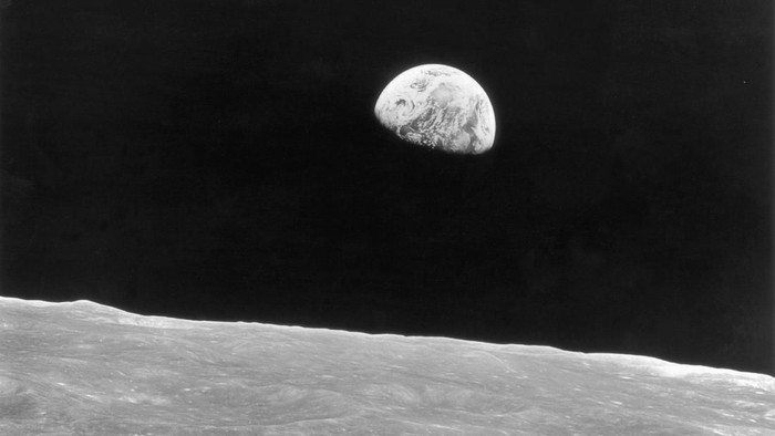 Terbentuknya Bulan dan awal mula kehidupan di Bumi terjadi dari satu peristiwa yang sama. Foto: Keystone/Hulton Archive/Getty Images