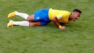 Neymar Hormati Pele, tapi Tidak dengan Tuduhan Divingnya