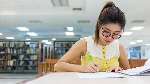 Banyak tipe mahasiswa dengan berbagai strategi menyikapi stres saat mengerjakan skripsi. Kamu termasuk yang mana?