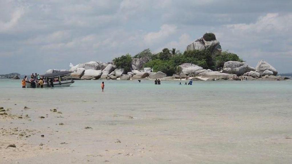 Menteri Susi Keluhkan Sampah di Pantai, Ini Kata Wakil Bupati Belitung