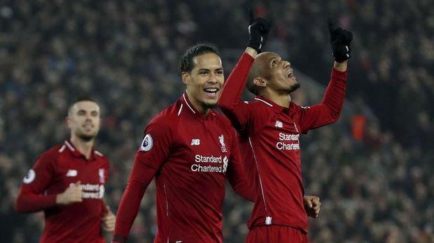 Arjen Robben memuji keberhasilan Virgil van Dijk jadi pemain kunci Liverpool.