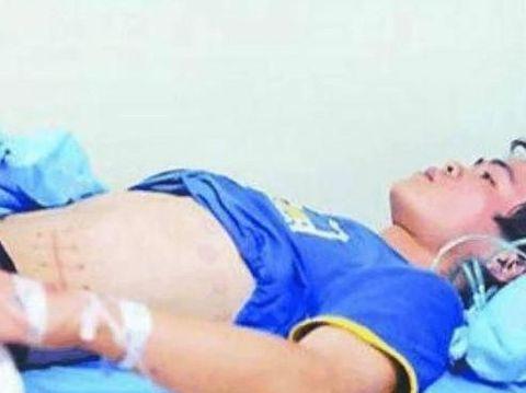 Xiao Wang harus menjalani hemodialisis dan hidup di tempat tidur karena infeksi operasi ginjal yang dilakukannya