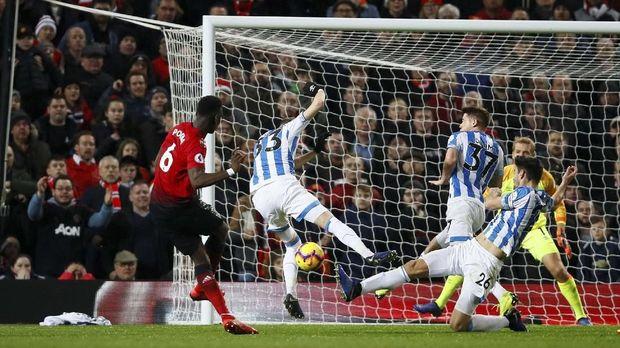 Pogba Senang Man United Dapat Vitamin D Sebelum Hadapi Spurs