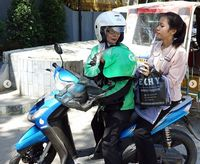 Perjuangan Seorang Ibu di Medan Makara Driver Ojol Demi Sang Anak