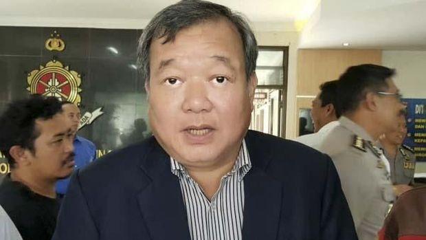 Anggota Exco PSSI Johar Lin Eng ditangkap satgas Anti Mafia Bola Mabes Polri. (