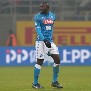 Napoli Tolak Rp 1,7 T dari Man United untuk Koulibaly