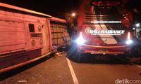Dua Bus Tabrakan di Banyuwangi, Penumpang: Sopirnya Ngawur
