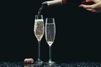 Gelas Ini Dirancang Untuk Membuat Rasa Champagne Lebih Enak, Seperti Apa Bentuknya?