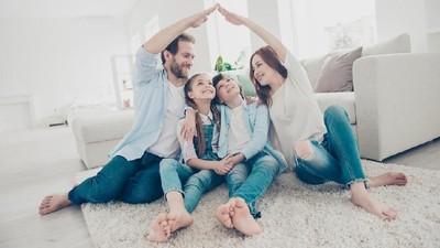 Menjaga Cinta Tetap Bersemi Meski Sudah Punya Anak
