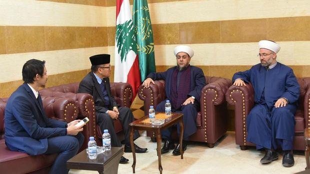 Dubes RI untuk Lebanon Achmad Chozin Chumaidy berkunjung ke Universitas Tripoli.