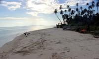 Traveler yang penasaran dan ingin berziarah mengenang korban tsunami bisa berkunjung ke Pulau Baguk yang cantik ini. (dok. Istimewa)