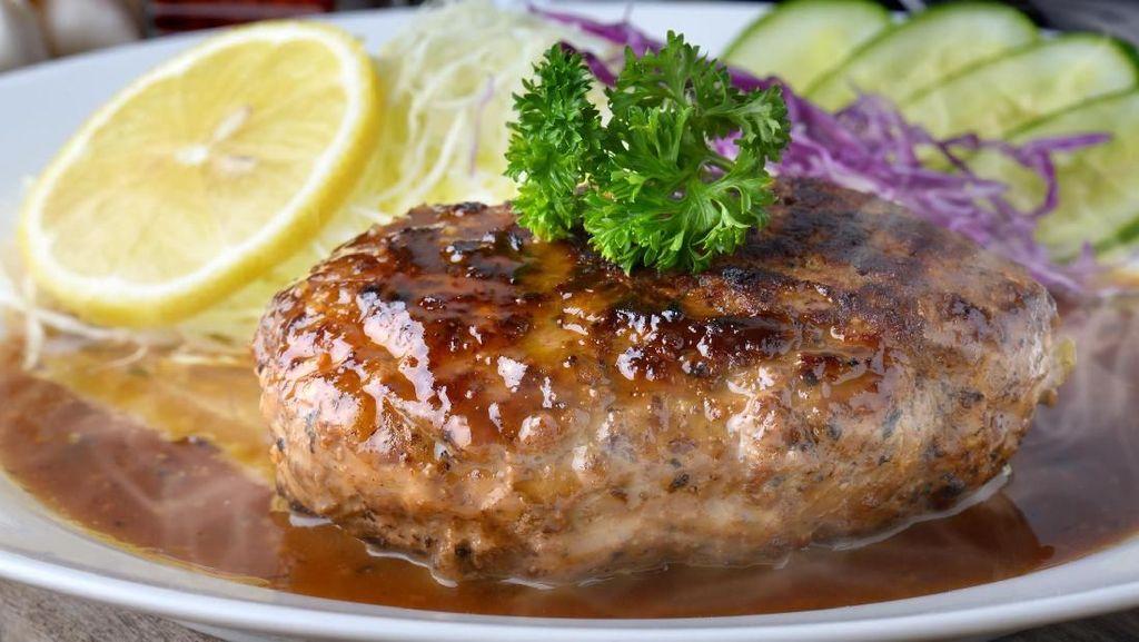 Menu Tahun Baru : Steak Burger Bisa Jadi Sajian yang Praktis dan Lezat