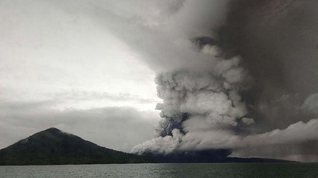 Aktivitas vulkanik Gunung Anak Krakatau, 26 Desember.