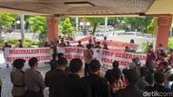 Geruduk DPRD Surabaya Kelompok Minoritas Ingin Perlakuan Sama