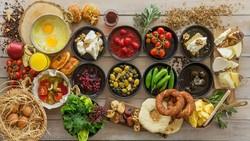 Berbagai Makanan yang Sebaiknya Tak Dihangatkan Saat Ingin Sarapan (1)