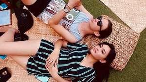 Olivia Jensen dan Chris Laurent dalam Mili & Nathan