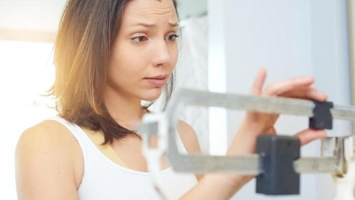 Menurunkan berat badan termasuk salah satu resolusi sehat paling populer untuk 2019 (Foto: iStock)