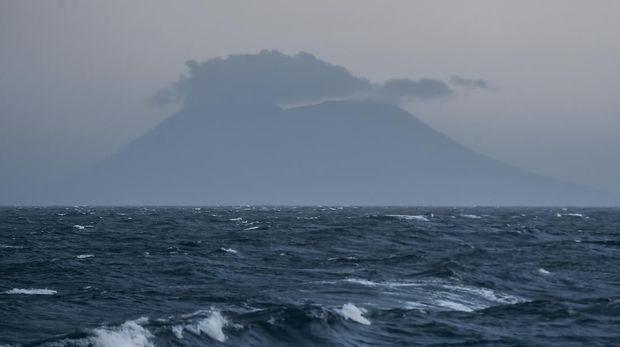 Cerita Nekad Windi di Pusaran 'Jarak Tembak' Anak Krakatau