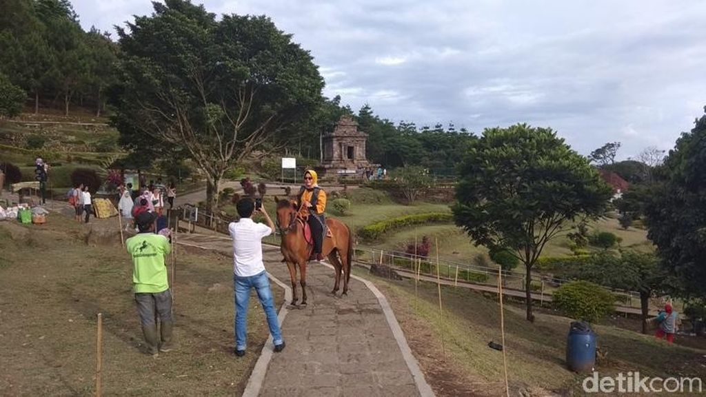 Ini Tarif Lengkap Berkuda di Candi Gedong Songo, Semarang