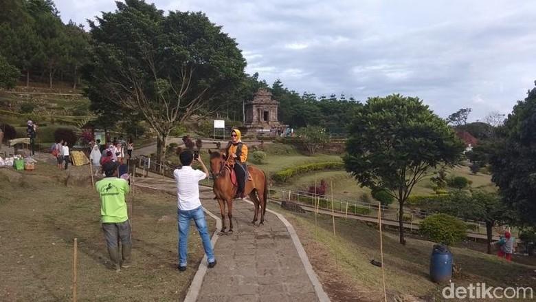 Berkuda di Candi Gedong Songo (Eko Susanto/detikTravel)
