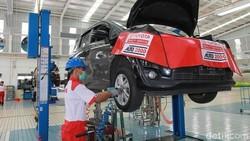 Servis Xpander Lebih Murah, Toyota Avanza Utamakan Layanan
