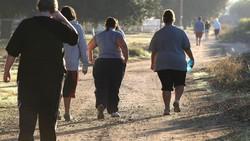 Tren masalah obesitas pada anak-anak mendorong perlunya institusi khusus untuk menangani hal ini. Salah satu contoh sekolah Wellspring Academy di California.