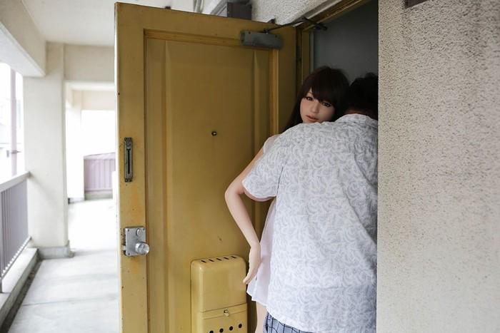 Karena merasa kesepian pada tahun 2010 Nakajima memutuskan untuk membeli boneka seks yang diberi nama Saori. (Foto: Taro Karibe/Getty Images)