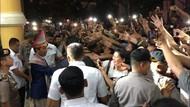 Canda Jokowi ke Warga Medan: Mau Sepeda? Beli Sendiri