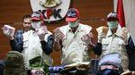Foto: KPK Tunjukkan Duit Miliaran Rupiah Bukti Suap Pejabat PUPR
