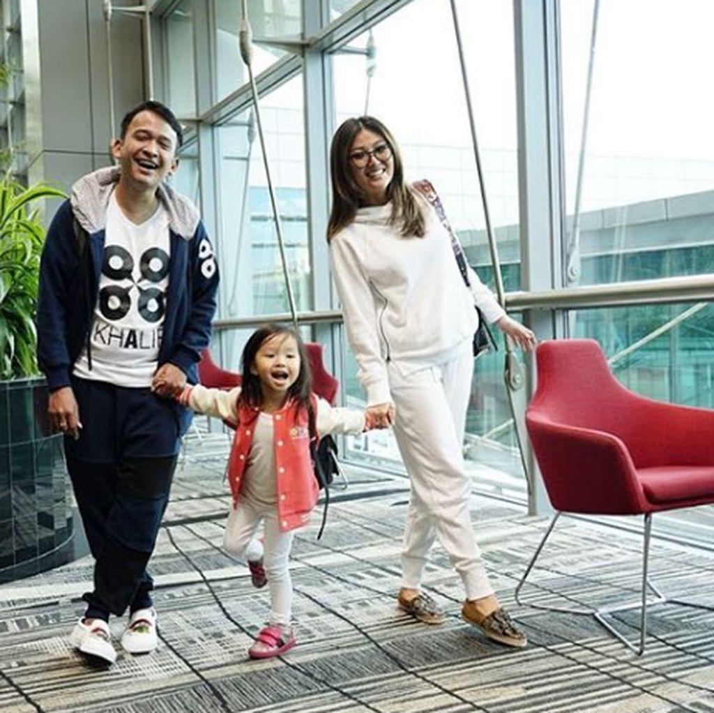 Seminggu di Singapura, Anak Ruben Onsu Rajin Cuci Piring