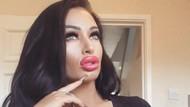 Penampilan Ava, Wanita yang Obsesi Implan Payudara Meski Kulit Hampir Robek