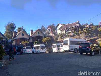 Jelang Tahun Baru, Tarif Hotel di Bromo Naik 2 Kali Lipat