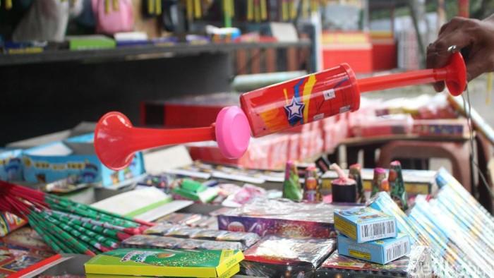 Terompet model pompa yang laris manis (Foto: Kireina/detikHealth)