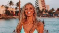 Hannah Polites merupakan selebgram yang terkenal di Australia. Tidak hanya cantik, dia juga suka traveling dan juga kerap membagikan menu dietnya kepada followernya. (hannahpolites/Instagram)