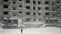 Kota Penuh Polusi, Matahari pun Enggan Terbit