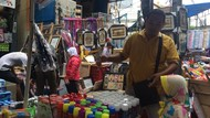 Pedagang Sebut Bencana Alam Bikin Penjualan Terompet Anjlok 50%