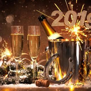 Begini Awal Mula Tradisi Cheers Champagne Saat Pesta Tahun Baru
