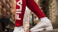 Cara Simpel Hilangkan Kerutan di Sneakers Putih Agar Terlihat Seperti Baru