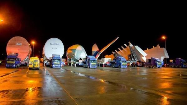 Sejak pengiriman pertamanya ke Singapore Airlines pada 2007, lebih dari 200 pesawat A380 diluncurkan dari Toulouse dengan lebih dari 100 pesawat digunakan maskapai Emirates (Airbus/CNN Travel)