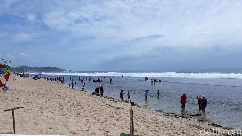 Pantai Sepanjang di Gunungkidul (Pradito Rida Pertana/detikTravel)