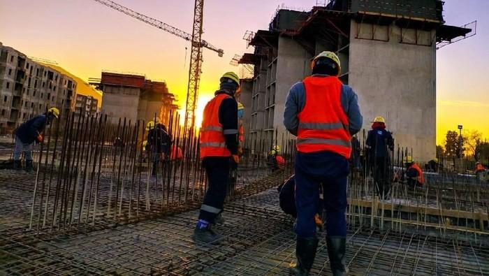 BUMN PT Wijaya Karya (Persero) Tbk dipercaya pemerintah Aljzair membangun hunian di negara benua Afrika itu. Yuk intip proyeknya.