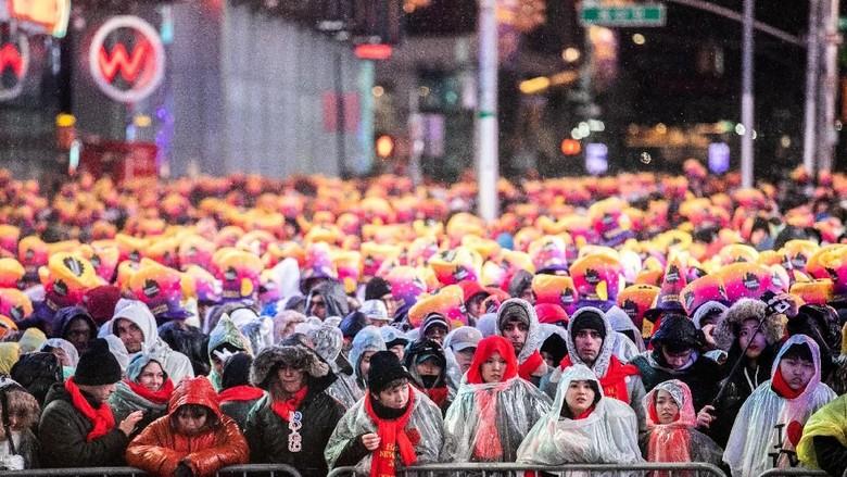 Perayaan Tahun Baru 2019 di Times Square, AS (REUTERS/Jeenah Moon)