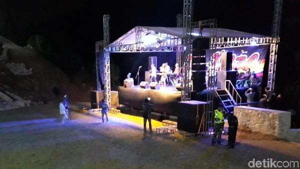 Rencananya Amphiteater itu digunakan untuk pentas kesenian lokal dan kesenian modern (Pradito/detikTravel)