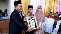 Heboh Mahar Sandal Jepit, Ini Deretan Mas Kawin Unik Pernikahan di Indonesia