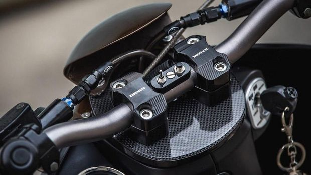 Model setang diganti lebih keren ketimbang standar keluaran pabrik. (Foto: k-speed.net)