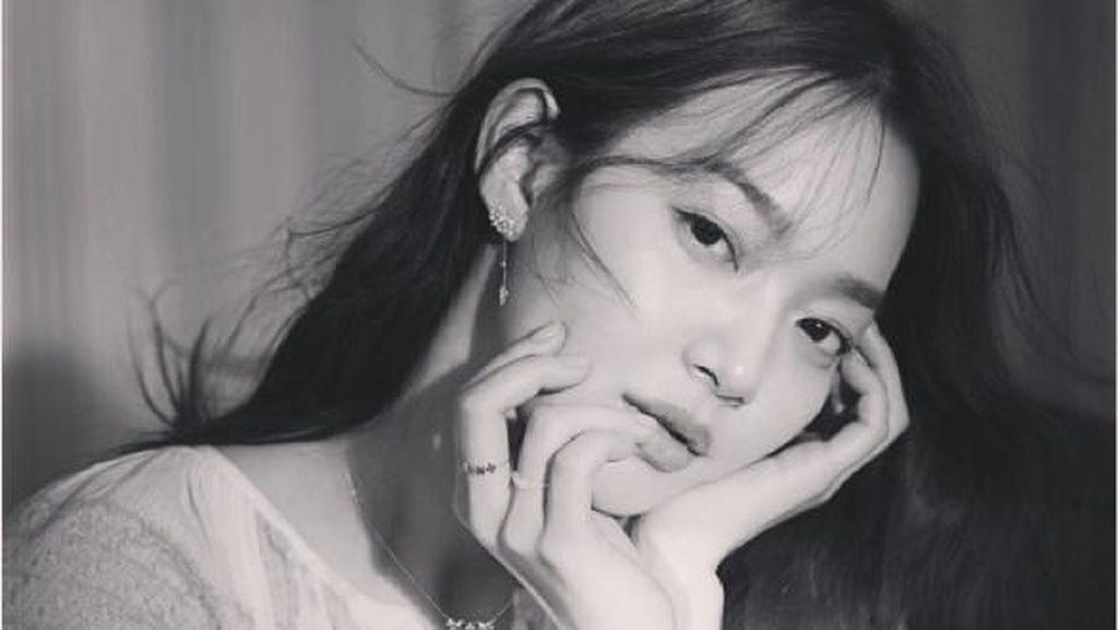 Gaya Memesona Shin Min Ah, Ratu Iklan Korea yang Dipacari Kim Woo Bin