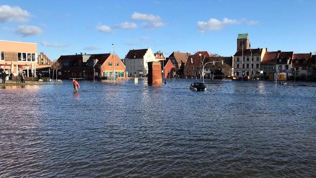 Kawasan Kota Tua di Jerman Lumpuh Akibat Banjir